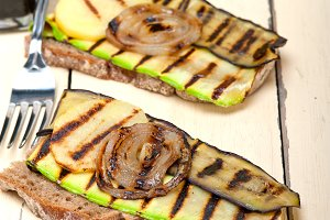 grilled vegetables on rustic bread 001.jpg