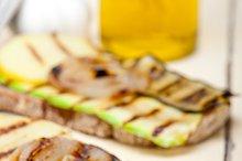 grilled vegetables on rustic bread 007.jpg