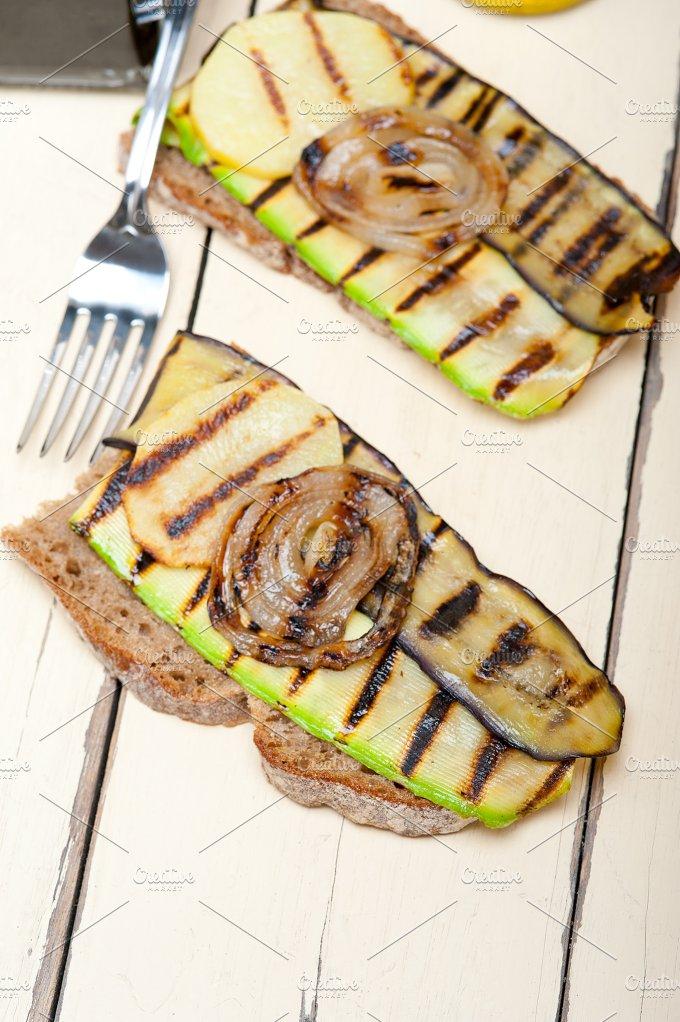 grilled vegetables on rustic bread 010.jpg - Food & Drink