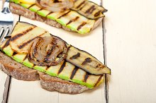 grilled vegetables on rustic bread 013.jpg