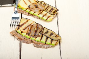 grilled vegetables on rustic bread 014.jpg