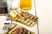grilled vegetables on rustic bread 015.jpg