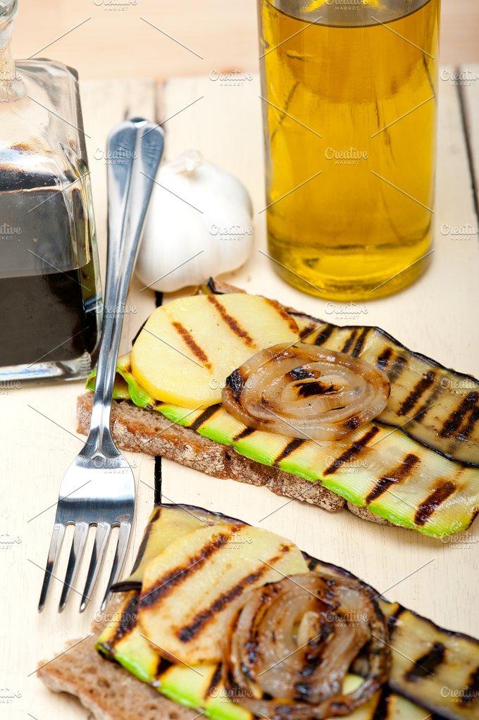 grilled vegetables on rustic bread 017.jpg - Food & Drink