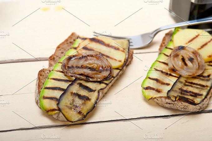 grilled vegetables on rustic bread 021.jpg - Food & Drink