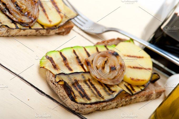 grilled vegetables on rustic bread 020.jpg - Food & Drink