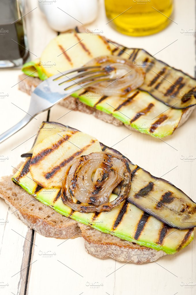 grilled vegetables on rustic bread 023.jpg - Food & Drink
