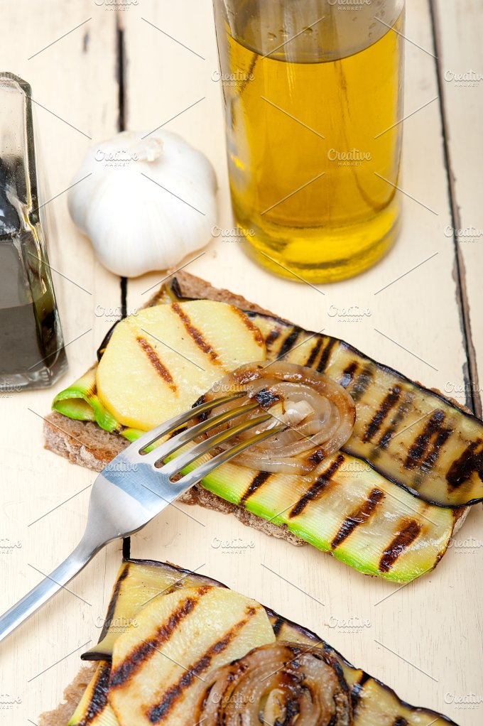 grilled vegetables on rustic bread 024.jpg - Food & Drink
