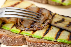 grilled vegetables on rustic bread 025.jpg