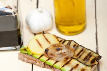 grilled vegetables on rustic bread 026.jpg