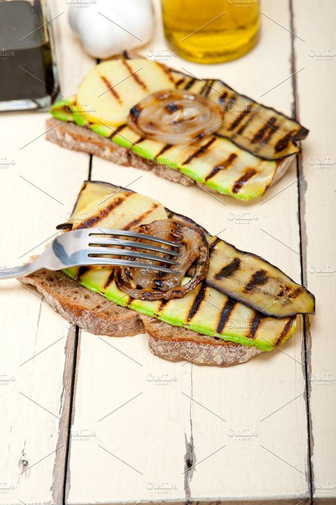 grilled vegetables on rustic bread 027.jpg - Food & Drink