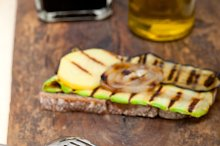 grilled vegetables on rustic bread 029.jpg