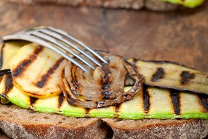 grilled vegetables on rustic bread 030.jpg