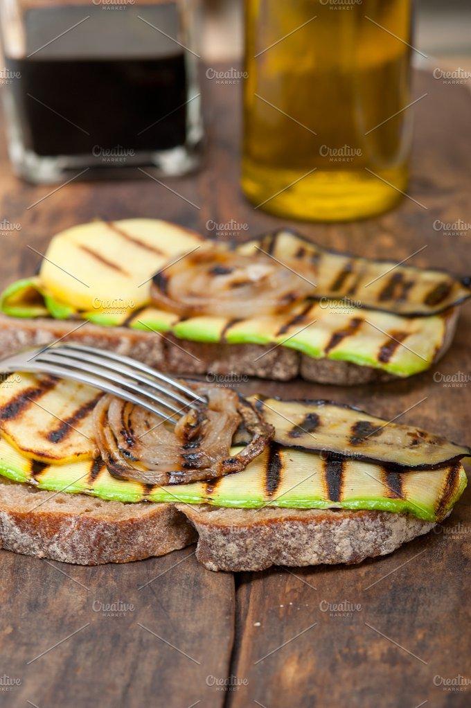grilled vegetables on rustic bread 036.jpg - Food & Drink