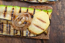 grilled vegetables on rustic bread 043.jpg