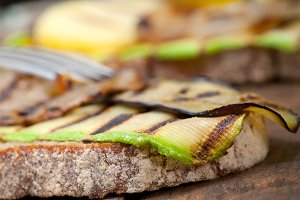 grilled vegetables on rustic bread 047.jpg
