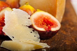 pecorino and figs 034.jpg