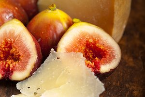 pecorino and figs 030.jpg