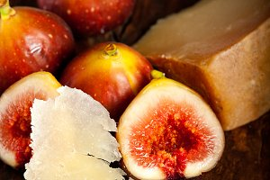 pecorino and figs 038.jpg