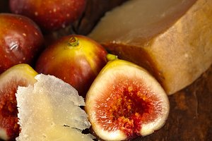 pecorino and figs 039.jpg