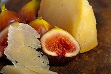 pecorino and figs 043.jpg