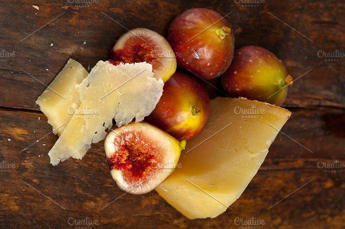 pecorino and figs 045.jpg - Food & Drink