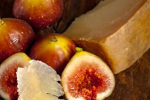 pecorino and figs 041.jpg