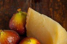 pecorino and figs 044.jpg