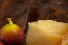 pecorino and figs 048.jpg