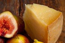 pecorino and figs 052.jpg