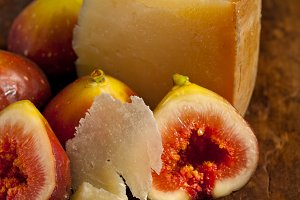 pecorino and figs 050.jpg