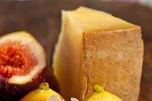 pecorino and figs 055.jpg