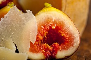 pecorino and figs 057.jpg