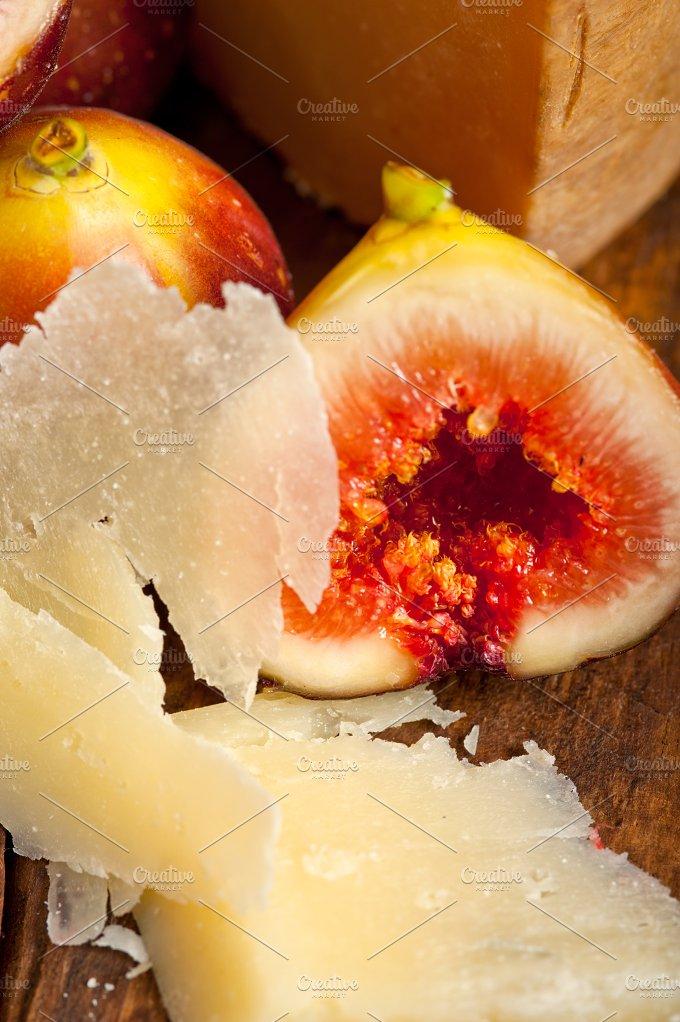 pecorino and figs 059.jpg - Food & Drink