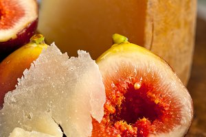 pecorino and figs 058.jpg