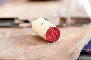 red wine corking 002.jpg