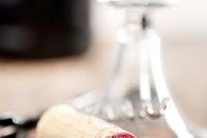 red wine corking 008.jpg