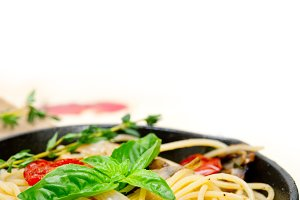 spaghetti pasta with baked tomatoes 019.jpg