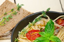 spaghetti pasta with baked tomatoes 025.jpg