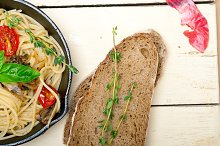 spaghetti pasta with baked tomatoes 040.jpg