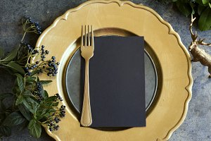 Gold place setting with empty menu o