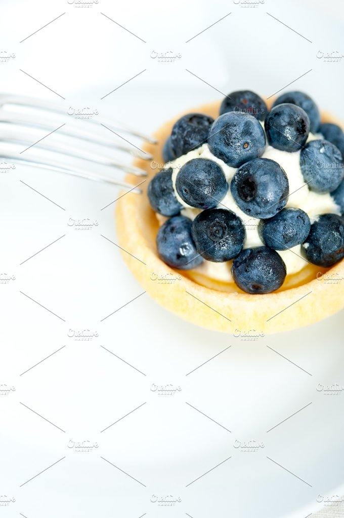 blueberries and cream cupcake pastry 005.jpg - Food & Drink