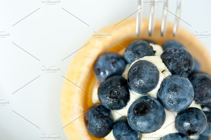 blueberries and cream cupcake pastry 006.jpg - Food & Drink