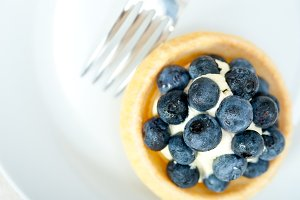 blueberries and cream cupcake pastry 003.jpg