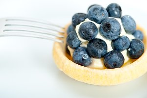 blueberries and cream cupcake pastry 011.jpg