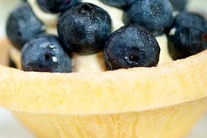 blueberries and cream cupcake pastry 012.jpg