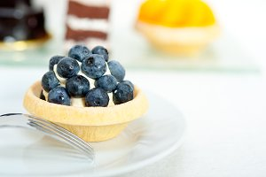 blueberries and cream cupcake pastry 016.jpg
