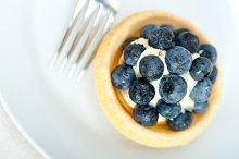 blueberries and cream cupcake pastry 022.jpg
