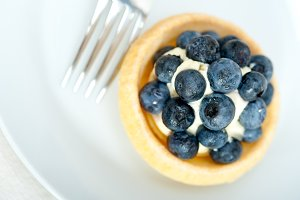 blueberries and cream cupcake pastry 022.jpg