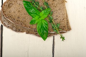 bread basil and thyme 005.jpg