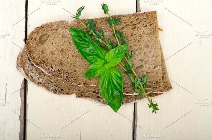 bread basil and thyme 008.jpg - Food & Drink
